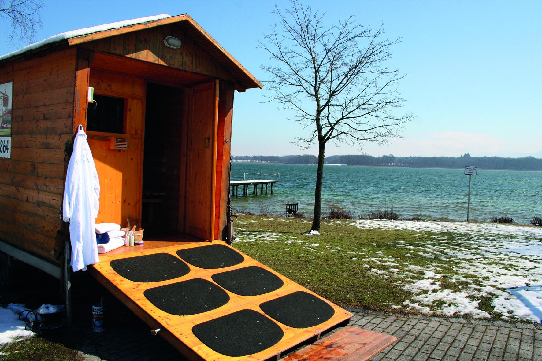 prienavera erlebnisbad sauna am see samerberger nachrichten. Black Bedroom Furniture Sets. Home Design Ideas
